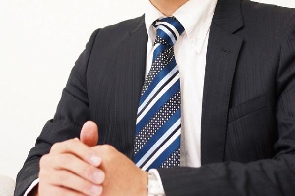 閉塞的な会社から開放的な会社に転職した20代男性の体験談!|キャリアエヌ(career.n)