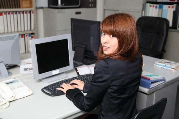 残業における「36協定(サブロク協定)」、「割増賃金」について|キャリアエヌ(career.n)
