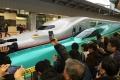北海道新幹線,開業