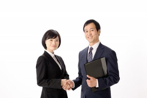 就活における企業側の採用選考スケジュールについて!
